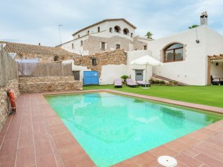 Mas Llagostera - Country house with pool just 10 Km from the Costa Dorada beaches. - La Bisbal del Penedes vacation rentals