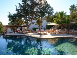 Can Cosmi - Beautifully renovated, age-old finca, provided with all modern comfort - San Carlos vacation rentals