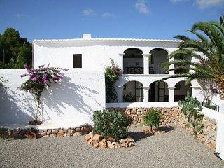 Finca Iza - A villa with a swimming pool in a quiet area. - San Carlos vacation rentals