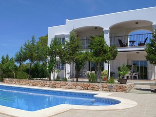 El Bosque - Villa with beautiful outdoor kitchen in Ibiza with forest and sea - Port d'es Torrent vacation rentals