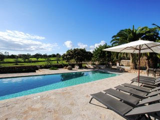 Son Xigala - A beautiful, stylish mansion with a large private swimming pool located 10 minutes from the sea - Cala Mandia vacation rentals