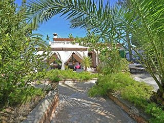 Benestar - Modern chalet with private pool, terrace and Wifi - El Toro vacation rentals
