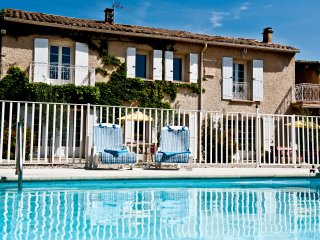 Perfect Condo with Internet Access and Shared Outdoor Pool - Saint Saturnin les Avignon vacation rentals