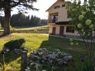 Casale Dell'Arvo Appartamenti con servizi - Lorica vacation rentals