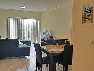 3 bedroom Condo with Internet Access in Coral Gables - Coral Gables vacation rentals