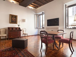 Elegant and comfortable apartment at the Spanish steps - Rome vacation rentals