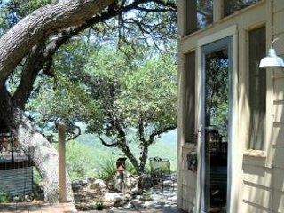 Hill Country Guesthouse w/ Views+Breakfast/1st room only for 2; 2nd room extra $ - Pipe Creek vacation rentals