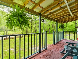 New! Riverfront 1BR+Loft Briceville Cabin! - Briceville vacation rentals
