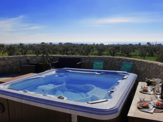 Nice 2 bedroom Racale Trullo with Television - Racale vacation rentals