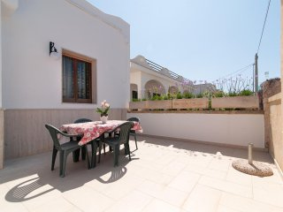 Nice Villa with Television and Patio - Torre San Giovanni vacation rentals
