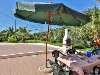 Cozy 2 bedroom House in Acquarica del Capo - Acquarica del Capo vacation rentals