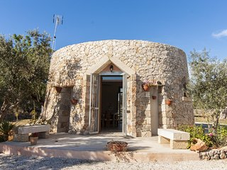 Adorable Trullo with Television and Microwave - Taviano vacation rentals