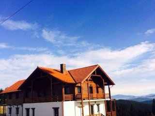 Nice Chalet with Internet Access and Wireless Internet - Piatra Fantanele vacation rentals