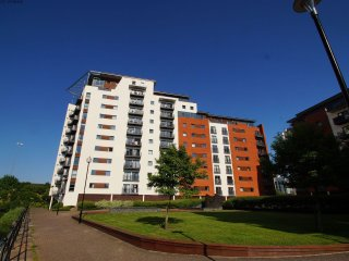 Cardiff Bay Apartment  - 492058 - Cardiff vacation rentals