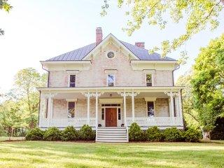 Boxwood Villa - Orange vacation rentals