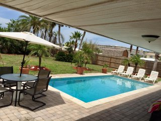 JANUARY 18' still available! Private Beach House w/pool, 4 houses from A1A!!!!! - New Smyrna Beach vacation rentals