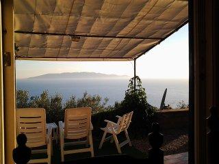 Vista mozzafiato del Giglio, Montecristo, Corsica - Cala Piccola vacation rentals