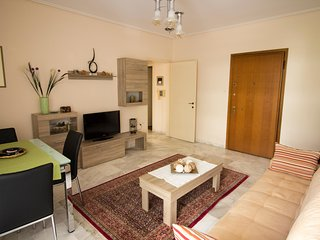 A Homely 1 Bdr Apt 350m from Beach - Palaio Faliro vacation rentals