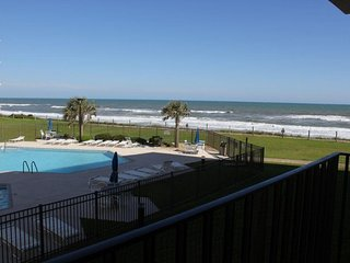 Beautiful Condo with Internet Access and A/C - Indian Beach vacation rentals