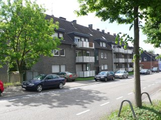 Nice Condo with Internet Access and Television - Oberhausen vacation rentals