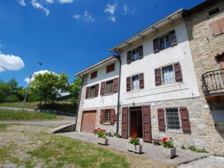 4 bedroom House with Internet Access in Villa Minozzo - Villa Minozzo vacation rentals
