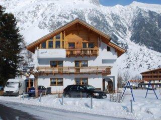 Comfortable Condo with Internet Access and Television - Galtür vacation rentals
