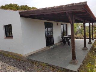 7 verschillende bungalows in een park met zwembad en zicht op de oceaan. 2 - 4 p - Las Manchas vacation rentals