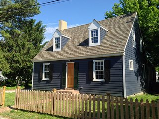 Carpenter St. Cottage in the Heart of St. Michaels - Walk To Everything! - Saint Michaels vacation rentals