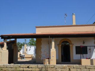 2 bedroom House with Parking in Corsano - Corsano vacation rentals
