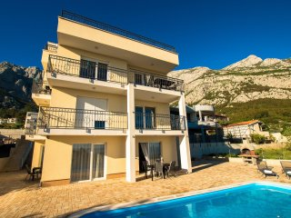 Apartment with shared pool MAMATO-A4 - Makarska vacation rentals
