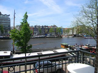 Amsterdam City Center Canal View Deluxe - Amsterdam vacation rentals