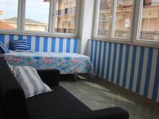 Cozy 1 bedroom Porto d'Ascoli Apartment with Housekeeping Included - Porto d'Ascoli vacation rentals