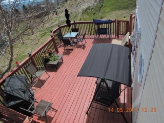 THIS PRICE IS UNBELIEVABLE FOR SUCH A QUALITY HOME. UNWIND & CAPTURE NATURE - Pouch Cove vacation rentals