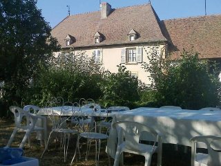 Bright 4 bedroom Vauban House with A/C - Vauban vacation rentals
