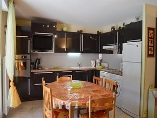 Cozy 2 bedroom Luz-Saint-Saveur Apartment with Television - Luz-Saint-Saveur vacation rentals