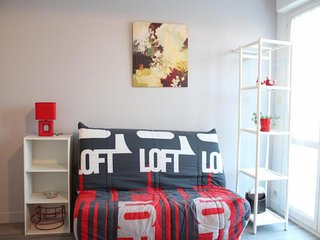 Nice Aytre Studio rental with Television - Aytre vacation rentals