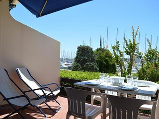 Nice Studio with Balcony and Parking in Port Camargue - Port Camargue vacation rentals
