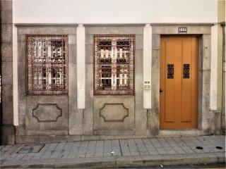 Bonjardim 1059 Apartment - Porto vacation rentals