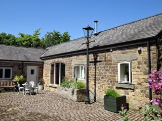 Bright 2 bedroom Lidgate House with Internet Access - Lidgate vacation rentals