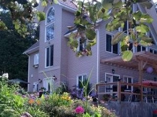 The Guest House at Eugenia Falls - Eugenia vacation rentals