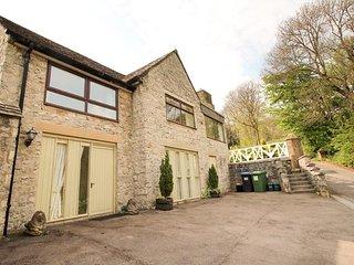 HIDESAWAY, sleeps seven, en-suite, private patio, pet friendly, Cressbrook, Ref - Litton Mill vacation rentals