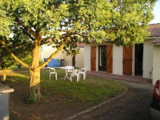 COMMEQUIERS - 4 pers, 50 m2, 3/2 - Commequiers vacation rentals