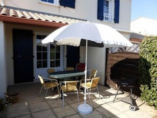 Nice House with Television and Microwave - Bretignolles Sur Mer vacation rentals