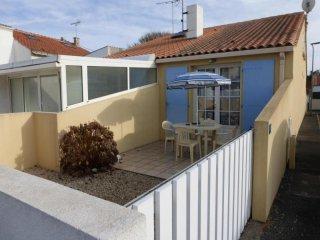 SAINT GILLES CROIX DE VIE - 3 pers, 30 m2, 2/1 - Saint Gilles Croix de Vie vacation rentals