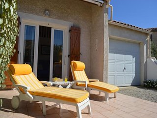 1 bedroom House with A/C in Saint-Pierre-sur-Mer - Saint-Pierre-sur-Mer vacation rentals