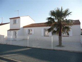 Maison rue des Camélias L'Aiguillon Sur Mer - L'Aiguillon-sur-Mer vacation rentals
