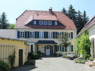 2 bedroom Apartment with Internet Access in Radebeul - Radebeul vacation rentals