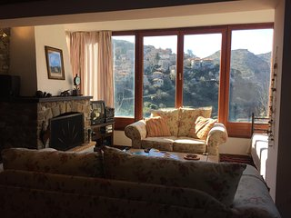 Beautiful House in Dhimitsana with Television, sleeps 8 - Dhimitsana vacation rentals
