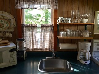Fee's Landing Resort C - 2BDRM Waterfront - Omemee vacation rentals