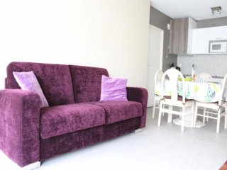 Charming La Rochelle Studio rental with Television - La Rochelle vacation rentals